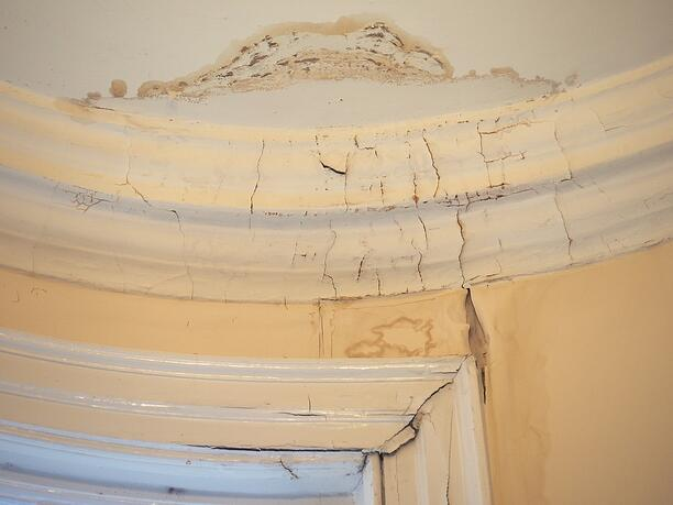 Is the Water on Your Ceiling a Roof Leak or Condensation